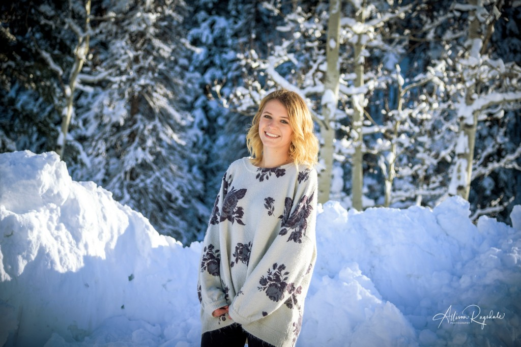 Pretty senior pictures in winter