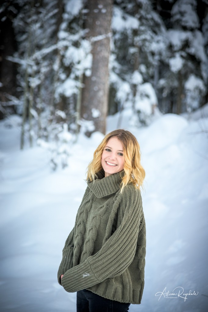 Snowy senior pics