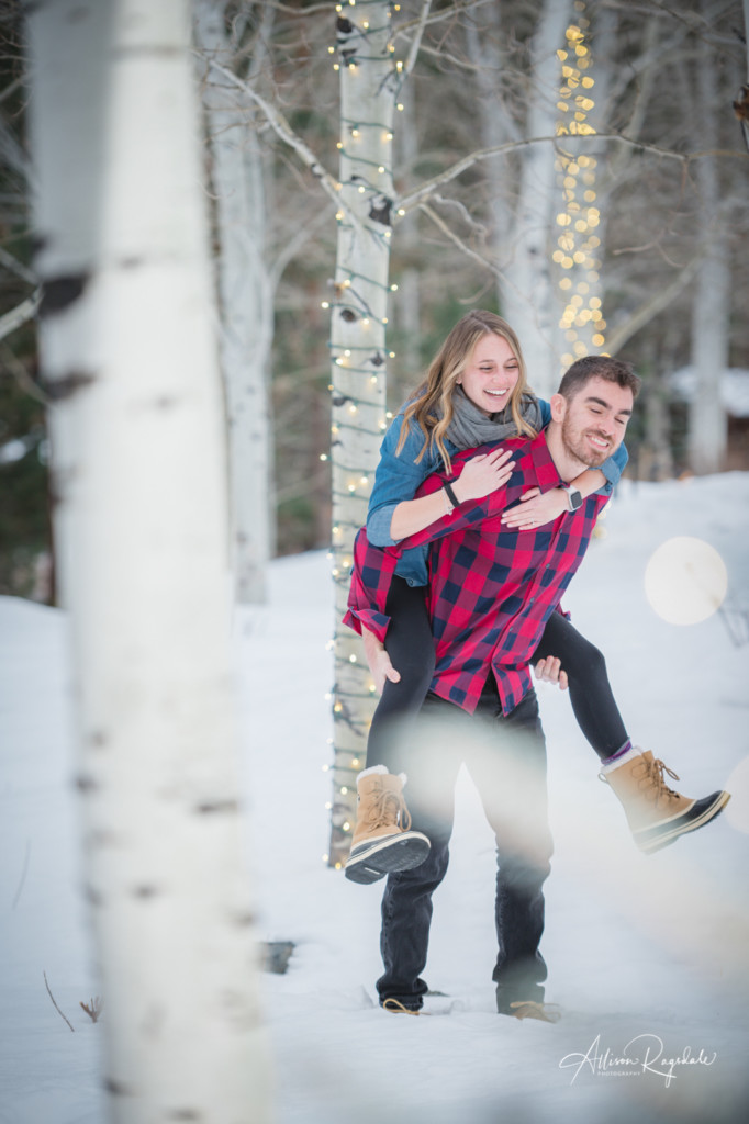 Pretty winter engagement photos