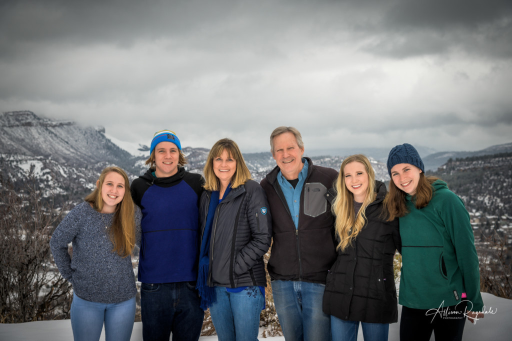 Winter family pictures in Colorado