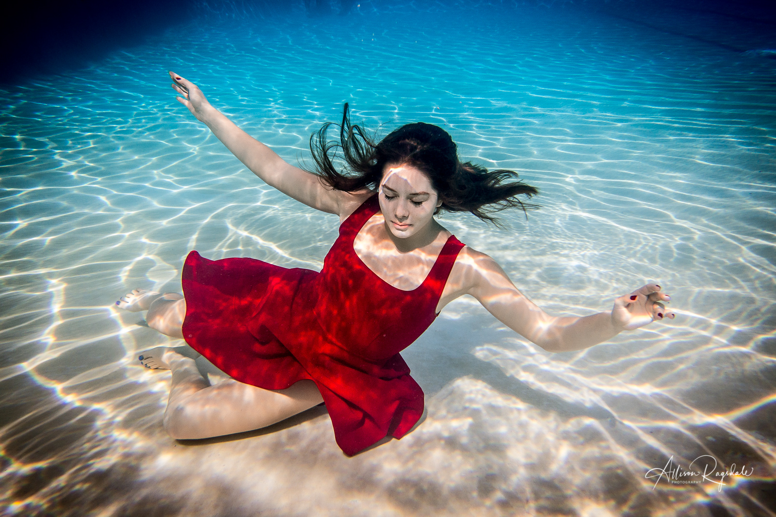 Underwater Swimming and Diving Senior Pictures