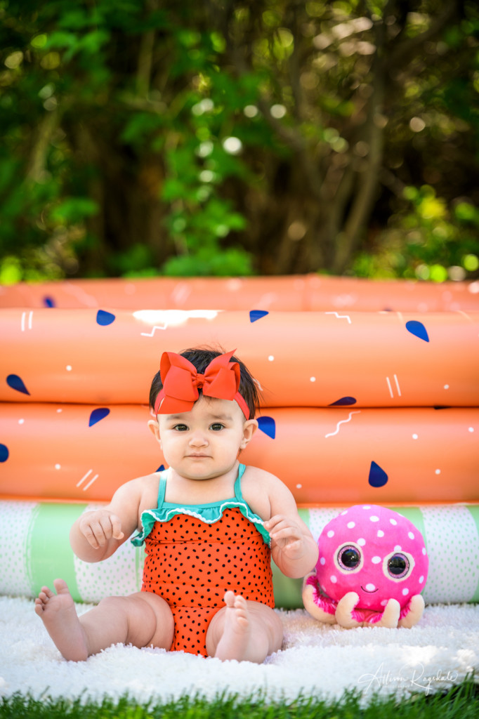Cute summer baby pictures