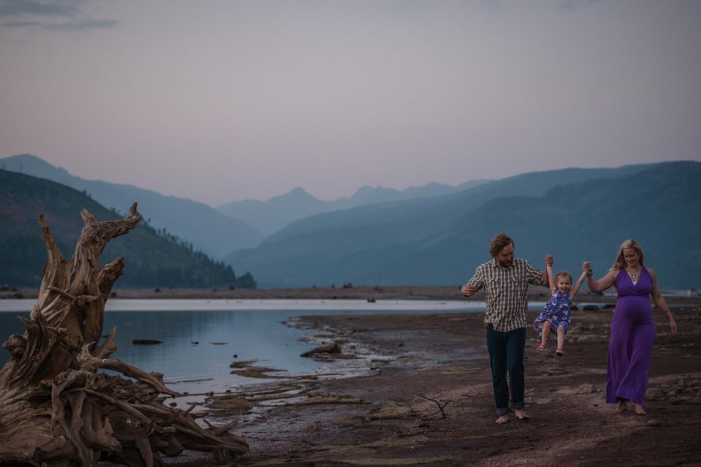 Fun family photos by Allison Ragsdale