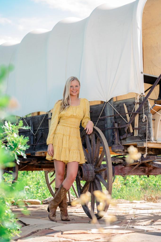 Country girl Senior shoot with Allison Ragsdale Photography in Durango Colorado