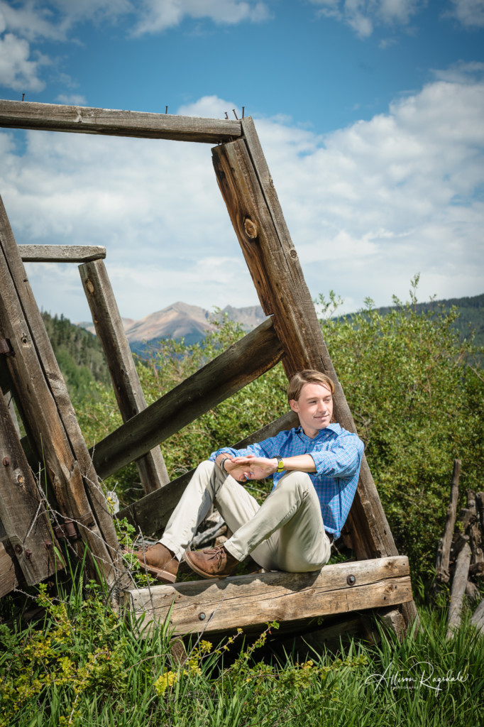 Rustic senior photoshoot in Durango Colorado taken by Allison Ragsdale photography