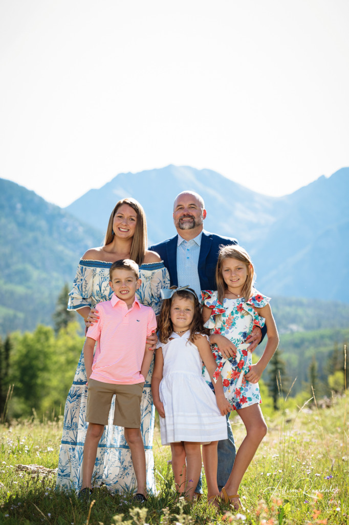 colorado mountain background family picture