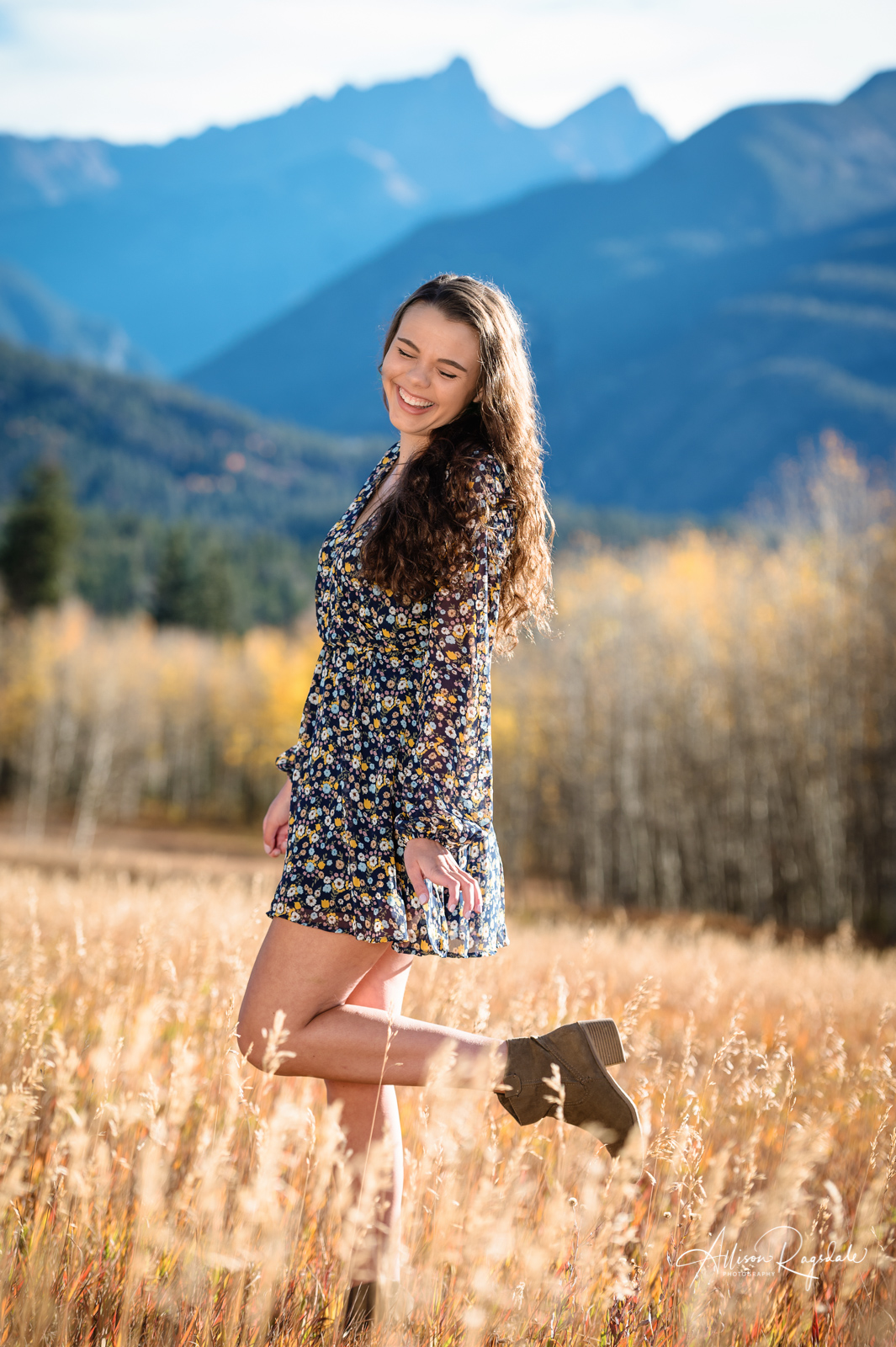Mylie's Colorado Mountains Senior Pictures