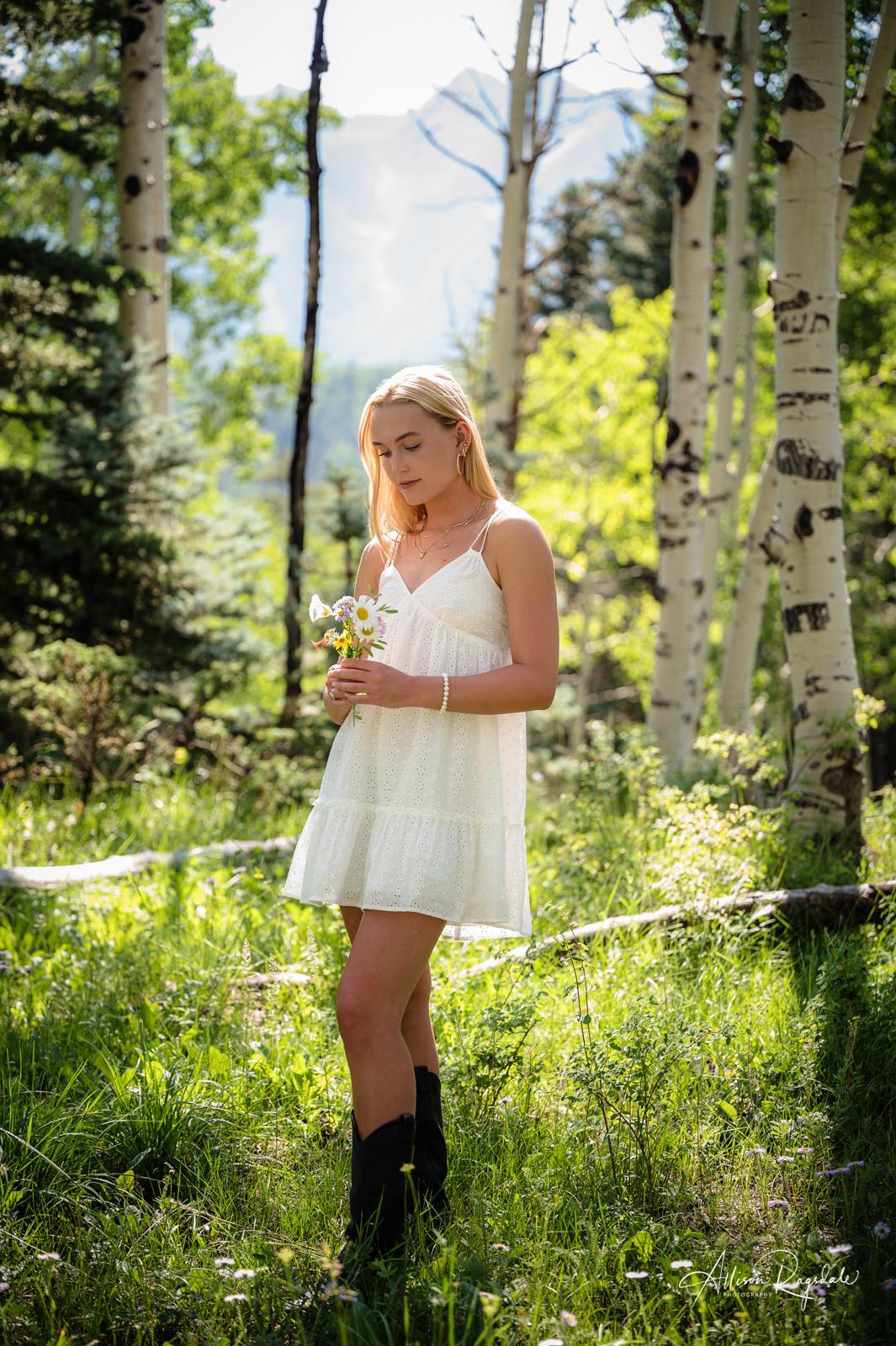 McKenzie's Colorado Summer Senior Portraits